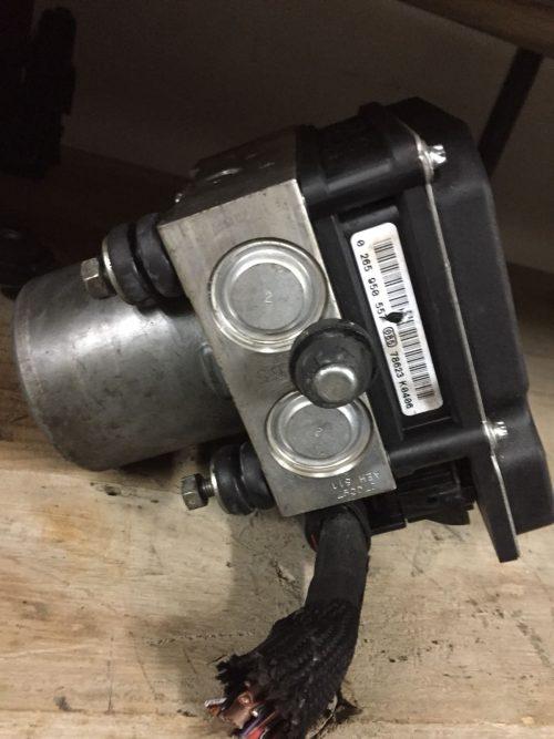 Abs – Audi A6 – 0265950557 (1)