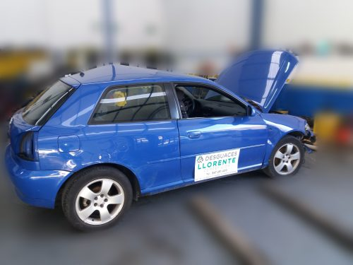 Lateral derecho – Audi A3 2001