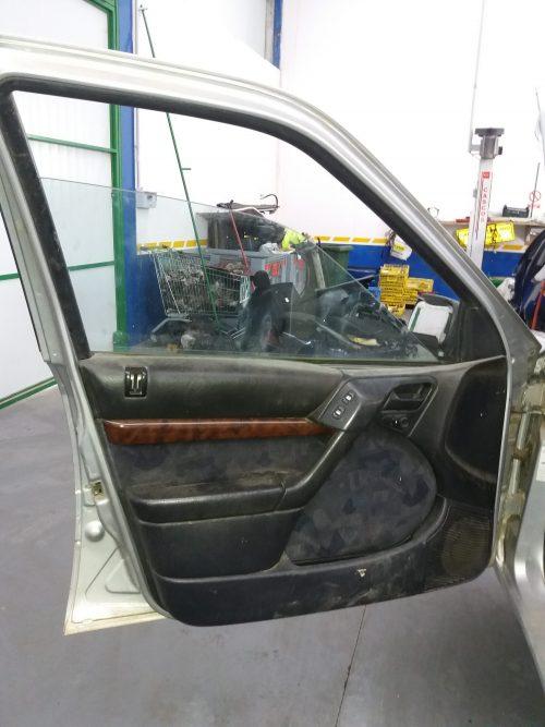 Puerta delantera izquierda – Citroen Xantia 1.9 TDS