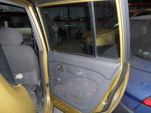 Guarnecido puerta trasera derecha- Hyundai Atos BU