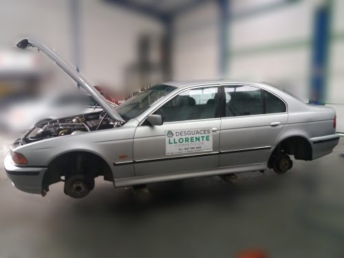 Carroceria lateral izquierdo – BMW 525 2.5 TDS